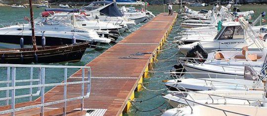 ponton marina